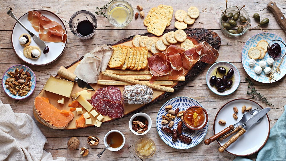 Festive Tips to Create the Ultimate Grazing Board