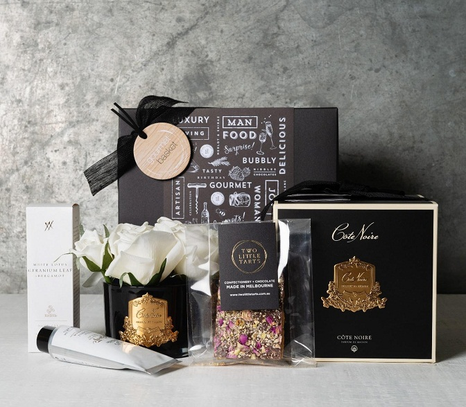 Scents of Style Hamper